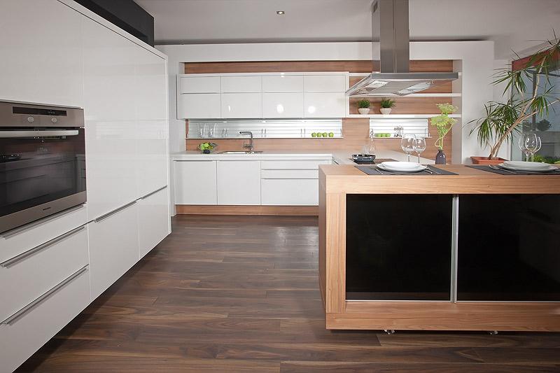 Küchen Abverkauf Studio Pfister Küchen Und Wohnen Aschau Im